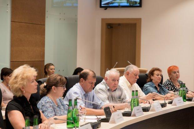 Юрий Лепехин: «Общественная палата V созыва достойно выполнила экспертную функцию»